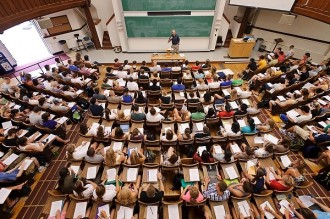 Photo: Students in Agricultural Hall lecture room