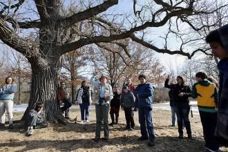 Photo: students under tree at Warner Park